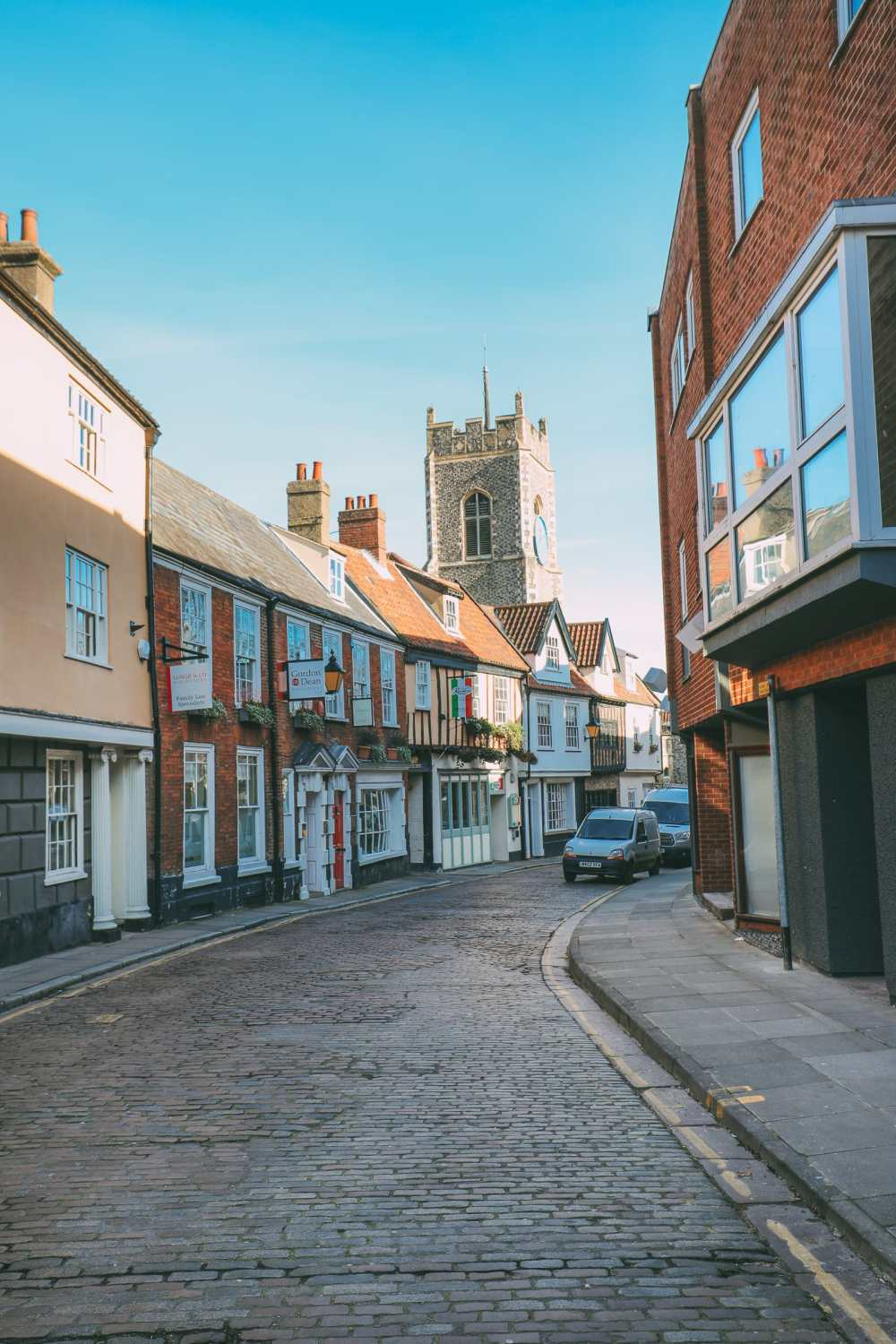 A Day In English Medieval City Of Norwich (16)