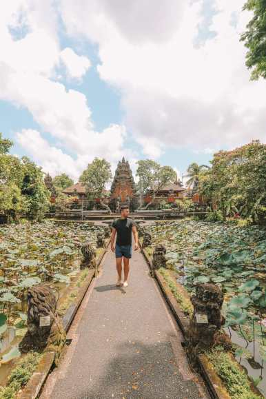 Bali Travel Diary - Ubud Palace, Uluwatu and Tanah Lot (11)