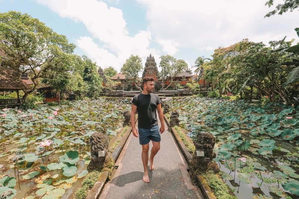 Bali Travel Diary - Ubud Palace, Uluwatu and Tanah Lot (12)
