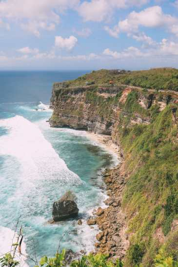Bali Travel Diary - Ubud Palace, Uluwatu and Tanah Lot (22)