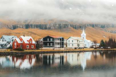 Best Towns In Iceland You Need To Visit (5)