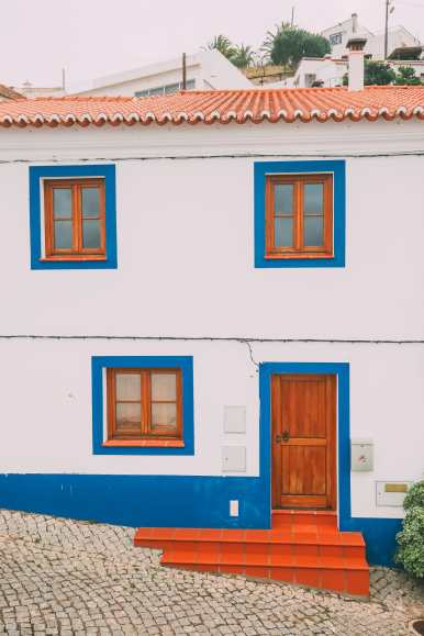 Driving Across Portugal's Dramatic Southern Coastline (27)