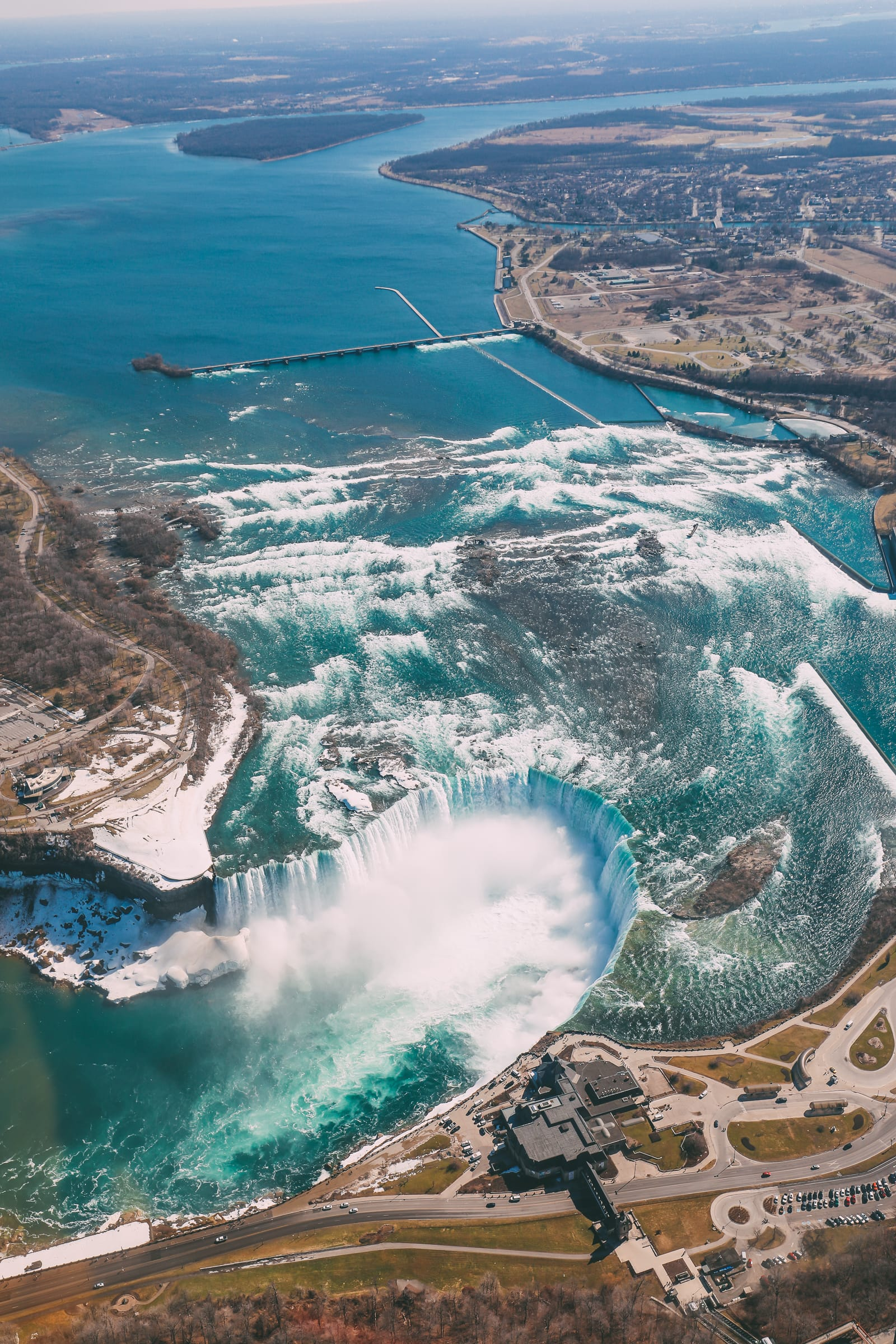This Is An Amazing Way To Experience Niagara Falls! (5)