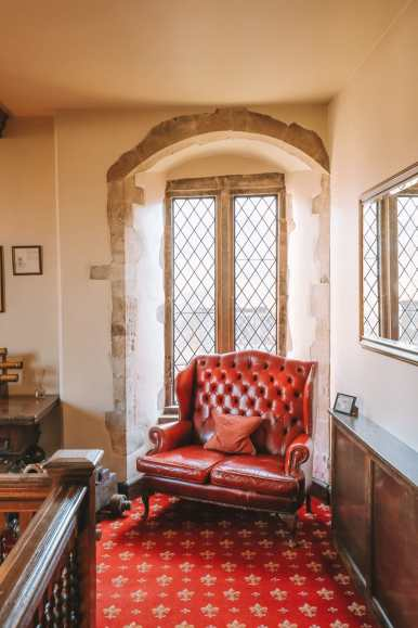 Here's How To Stay In A 1,000 Year Old Castle In England (20)