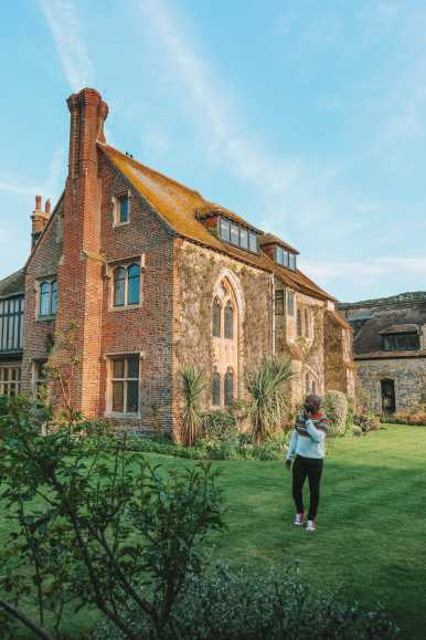 Here's How To Stay In A 1,000 Year Old Castle In England (42)