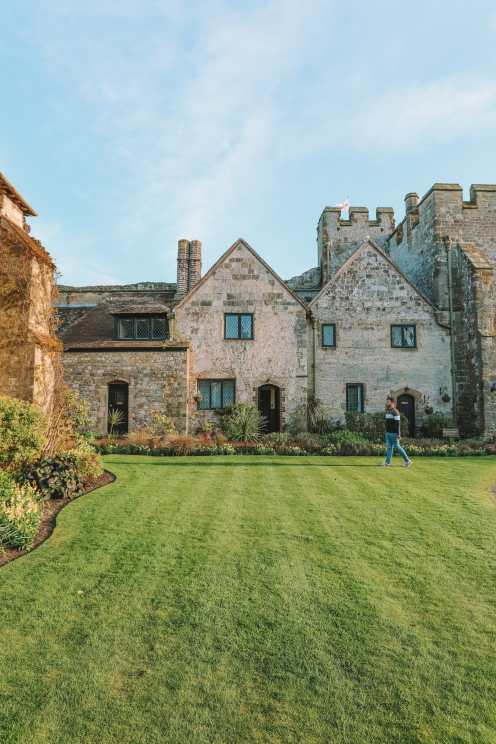 Here's How To Stay In A 1,000 Year Old Castle In England (43)