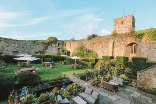 Here's How To Stay In A 1,000 Year Old Castle In England (48)
