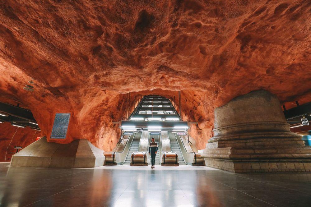 Best Stations Stockholm's Metro Art (7)