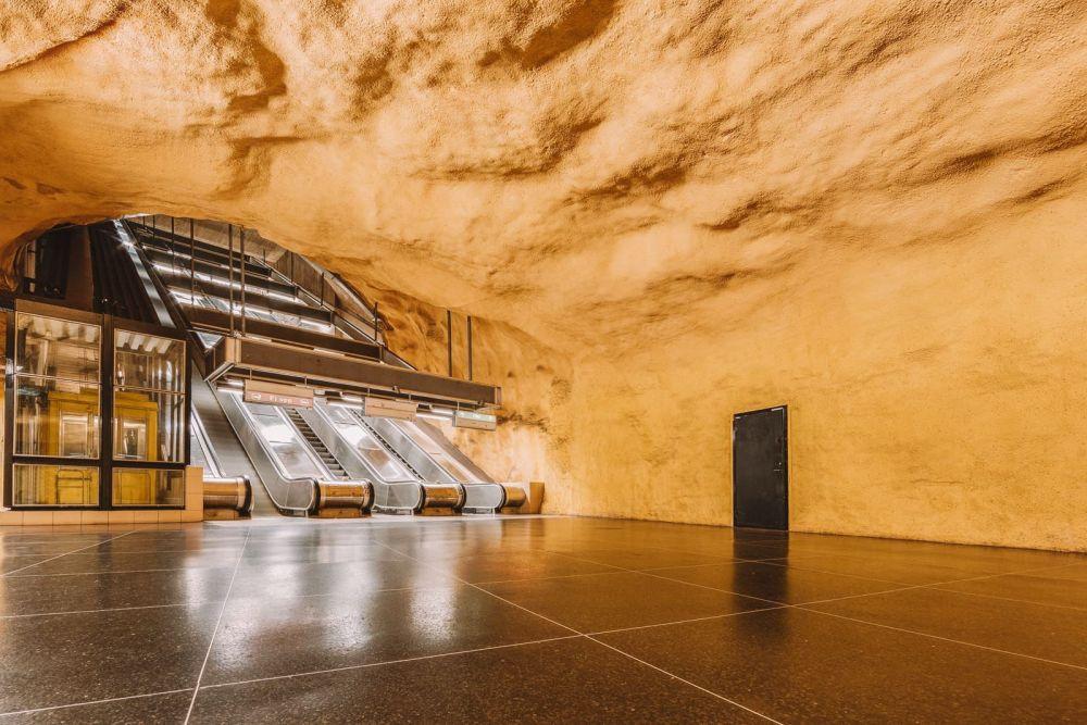 Best Stations Stockholm's Metro Art (9)