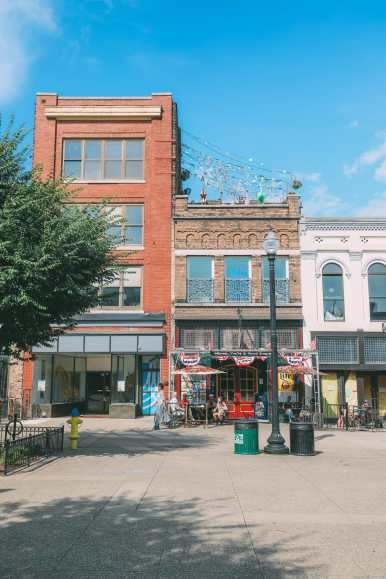 Things To See And Do In Knoxville, Tennessee In 24 Hours (30)