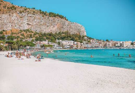 16 Of The Best Islands In Europe You Absolutely Have To Visit (5)