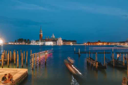 Photos And Postcards From Venice, Italy (3)