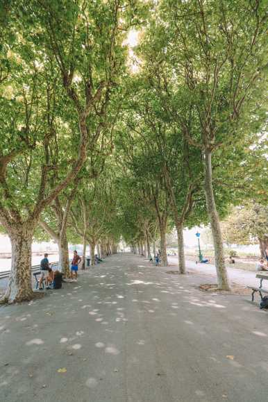 The Absolutely Beautiful City Of Montpellier In The South Of France (15)