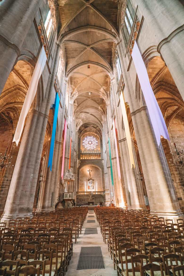 The Pretty Little City Of Rodez In The South Of France (22)