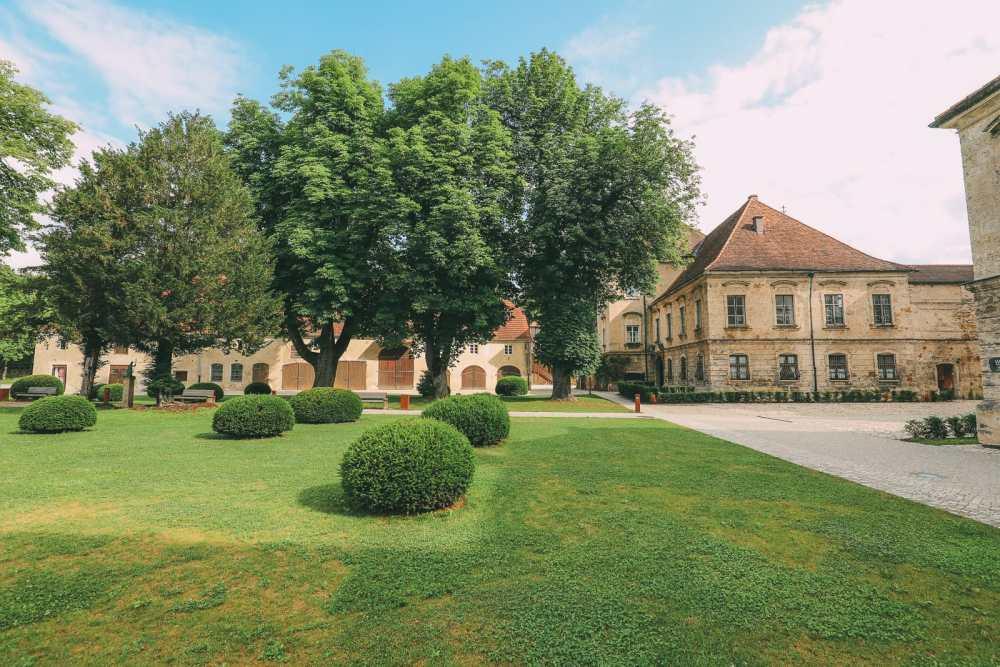 Burghausen Castle - The Longest Castle In The Entire World! (14)