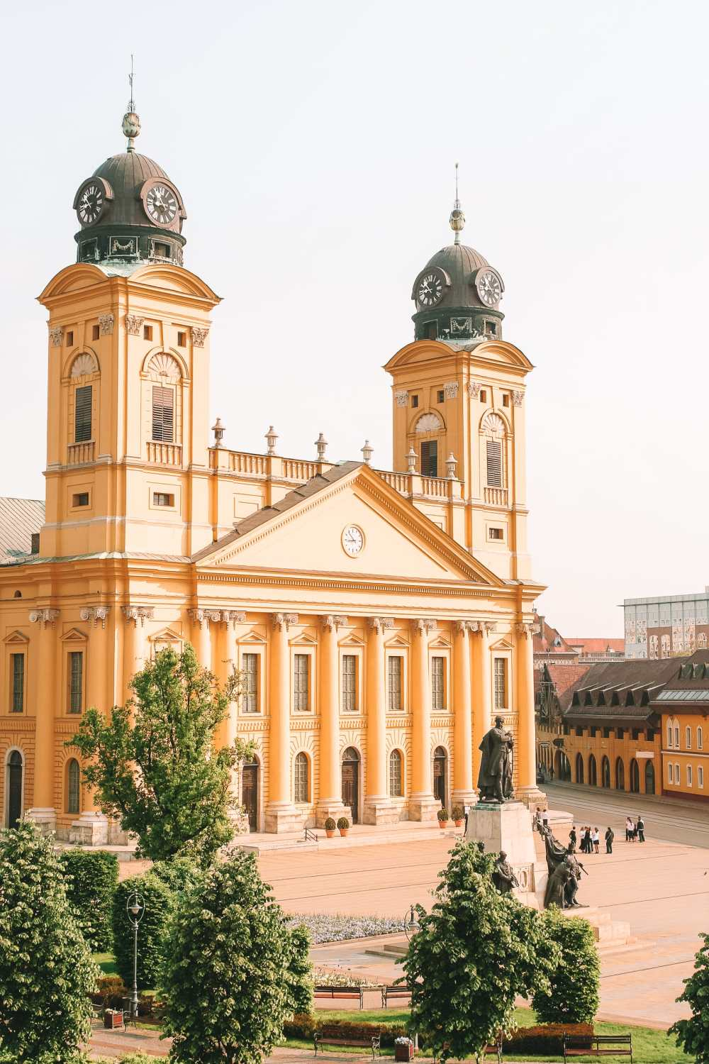 Beautiful Towns And Cities In Hungary To Visit (16)