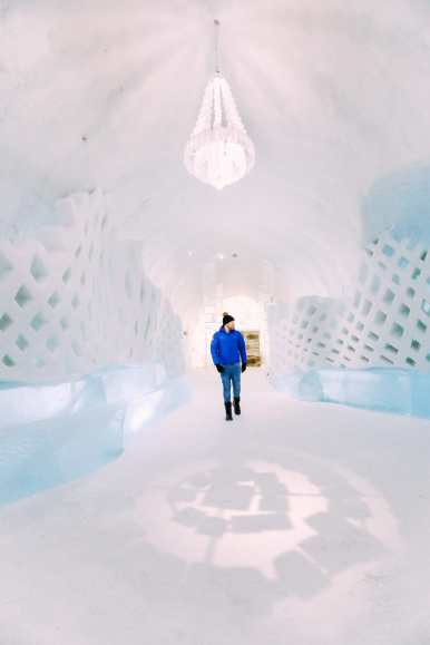 Here's What The ICEHOTEL Looks Like Inside (58)