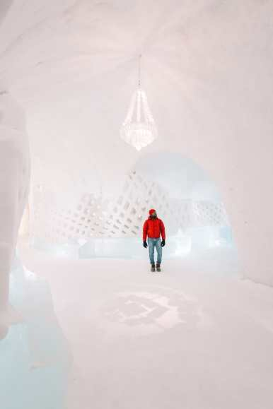 Here's What The ICEHOTEL Looks Like Inside (73)