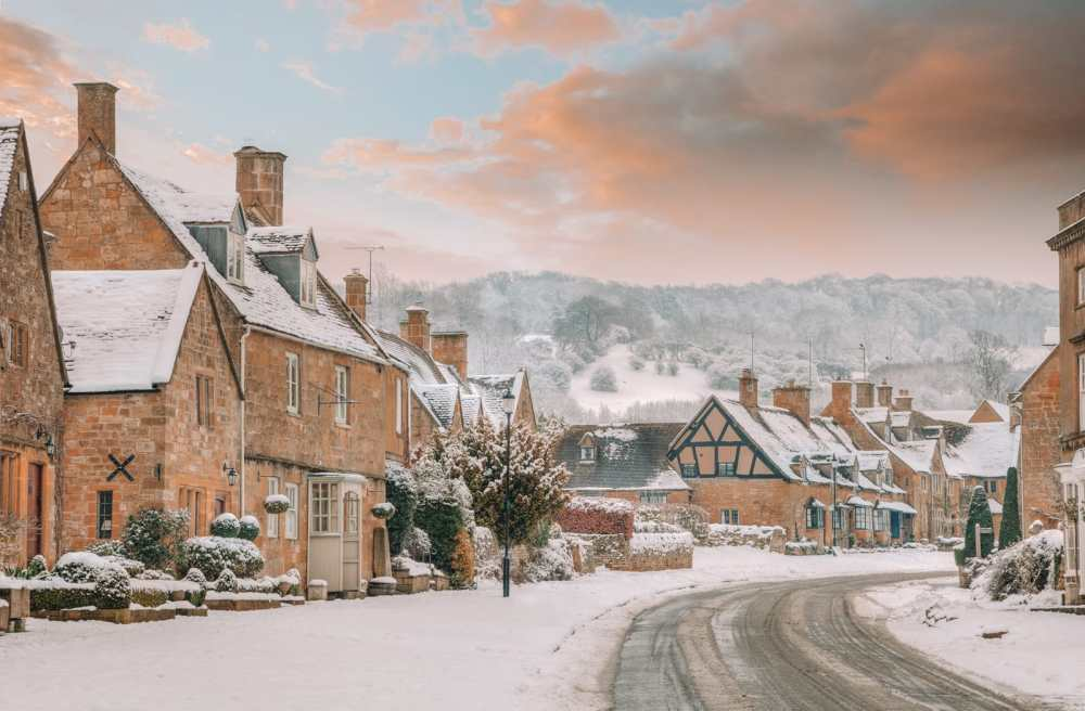 14 Best Places In The Cotswolds You Should Visit (18)