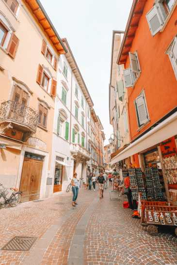 A Day By Lake Garda... In Trentino, Italy (27)