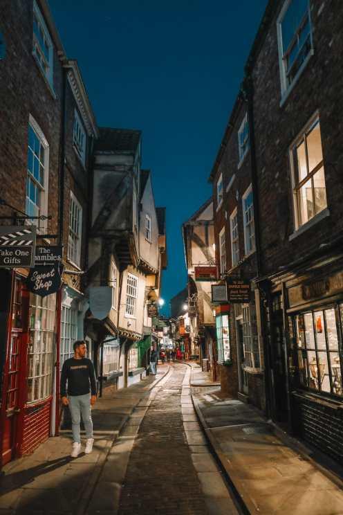 Exploring The Beautiful Ancient City Of York, England (54)