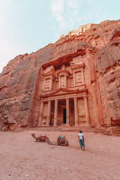 What Is It Like To Visit Petra In Jordan For The First Time? (16)