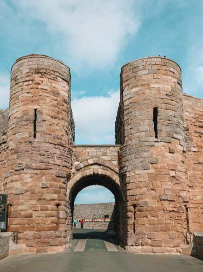 Visiting The Beautiful Bamburgh Castle & Farne Islands, England (79)