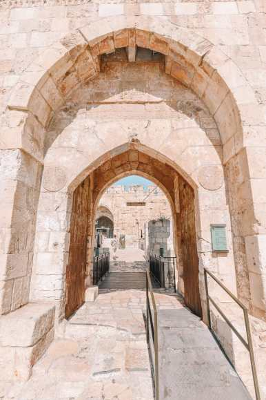 An Introduction To The Ancient City Of Jerusalem (26)