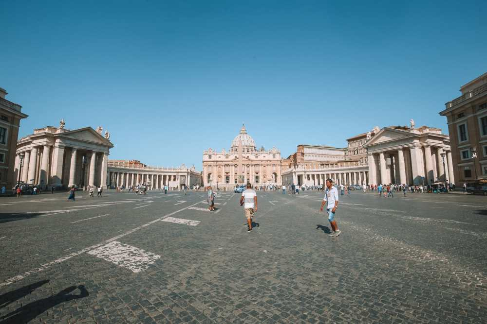 The Magnificent St Peter's Basilica In The Vatican City, Rome (2)