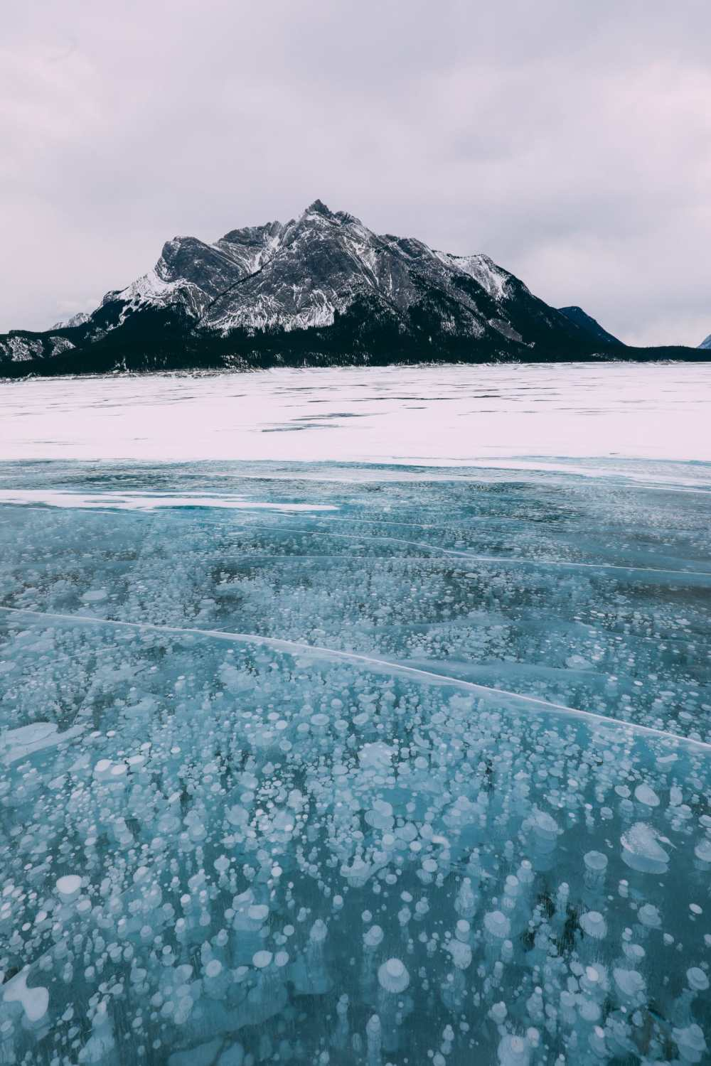 Driving Canada's Epic Icefields Parkway And Finding The Frozen Bubbles Of Abraham Lake (25)