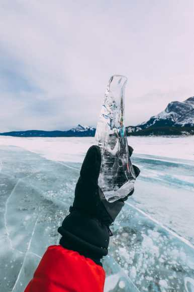 Driving Canada's Epic Icefields Parkway And Finding The Frozen Bubbles Of Abraham Lake (44)