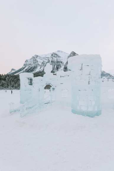 The Magnificent Fairmont Chateau Lake Louise (34)