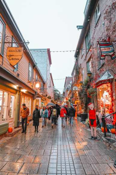 The Absolutely Beautiful French City Of Quebec, Canada (44)