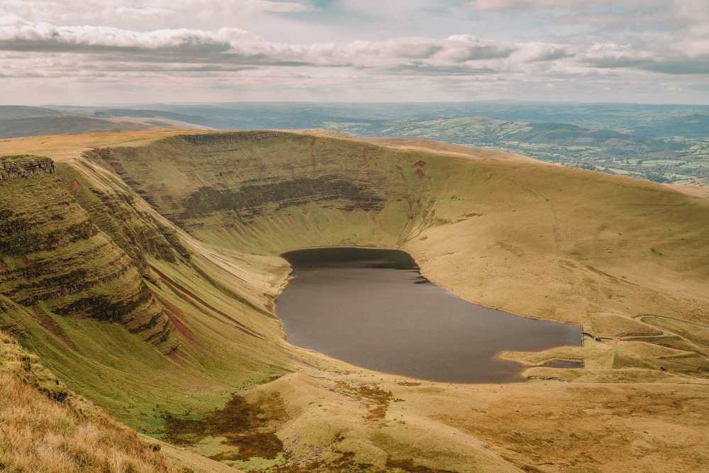11 Best Places In South Wales To Explore (13)