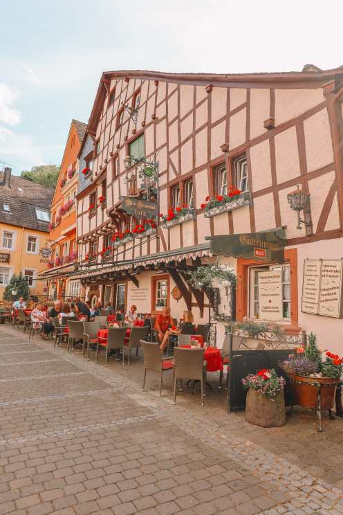 The Incredible Moselle Loop And Beautiful Town Of Bernkastel Kues In Germany (25)