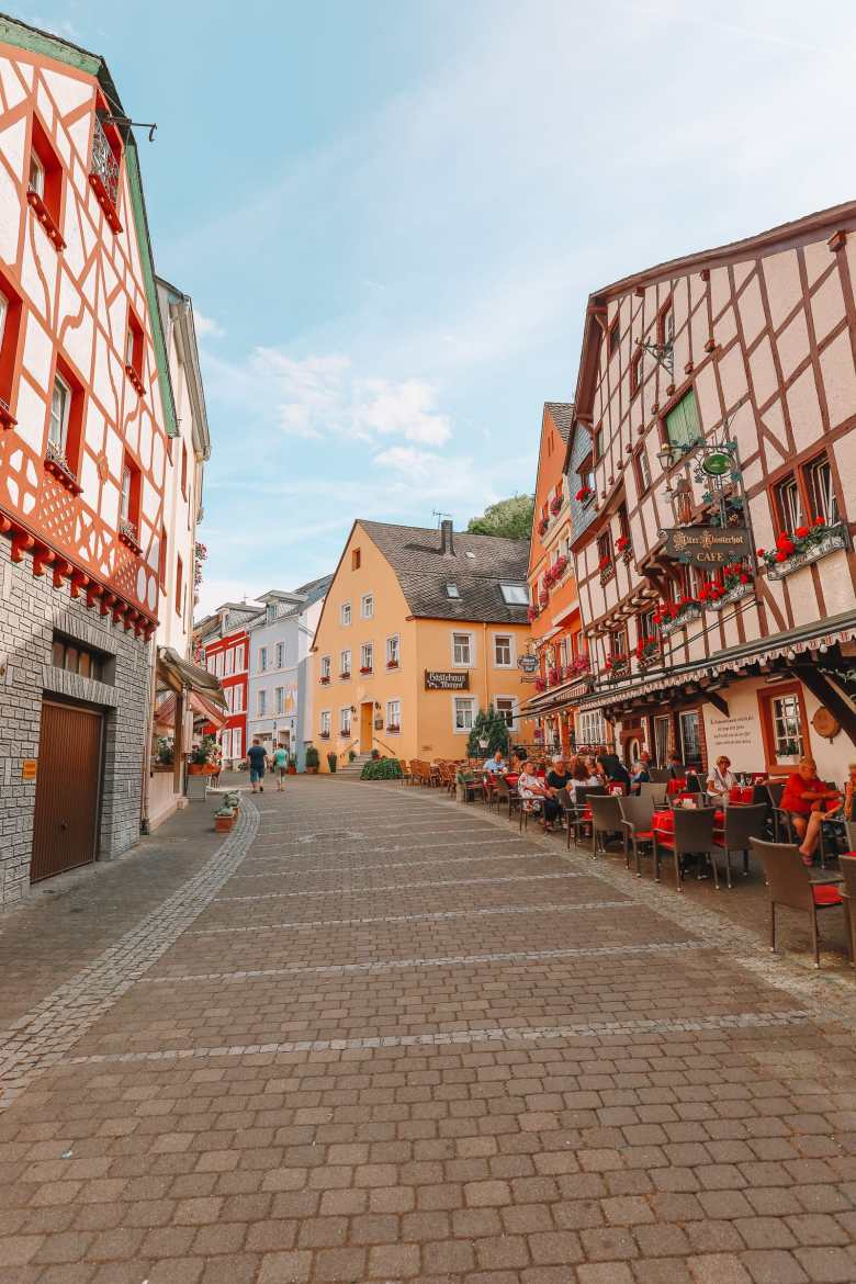 The Incredible Moselle Loop And Beautiful Town Of Bernkastel Kues In Germany (26)