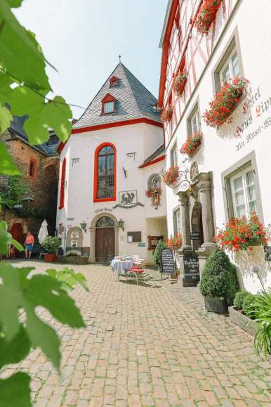The Gorgeous Little Town Of Beilstein and The Amazing Eltz Castle In Germany (10)