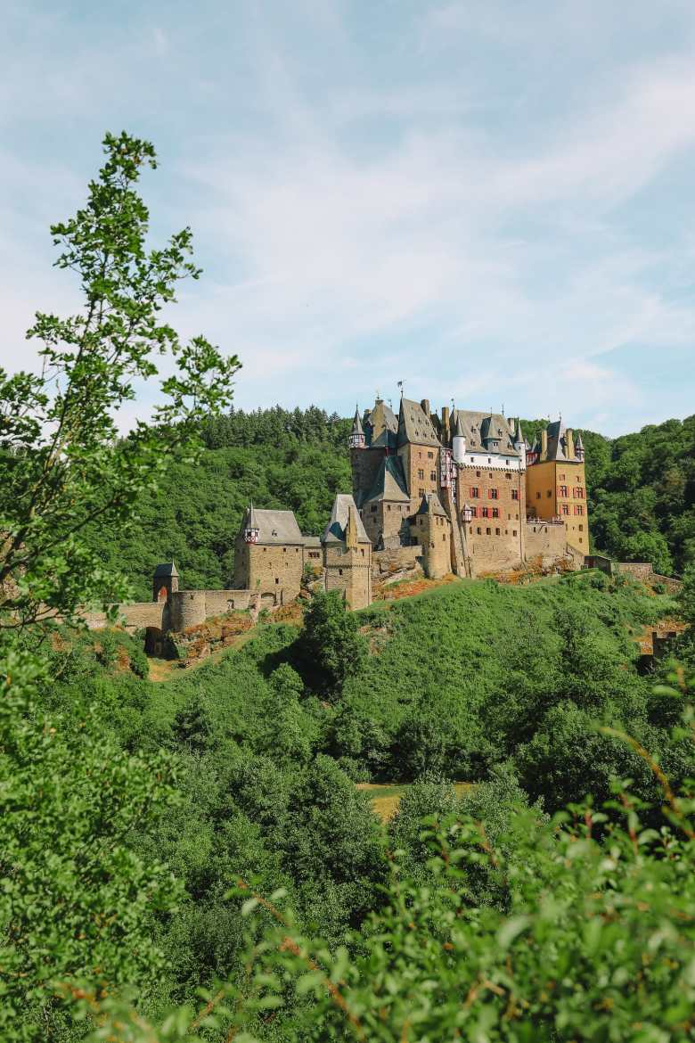 The Gorgeous Little Town Of Beilstein and The Amazing Eltz Castle In Germany (32)
