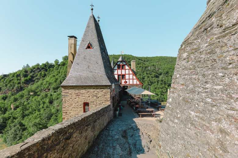 The Gorgeous Little Town Of Beilstein and The Amazing Eltz Castle In Germany (50)