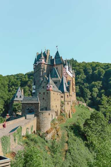The Gorgeous Little Town Of Beilstein and The Amazing Eltz Castle In Germany (56)