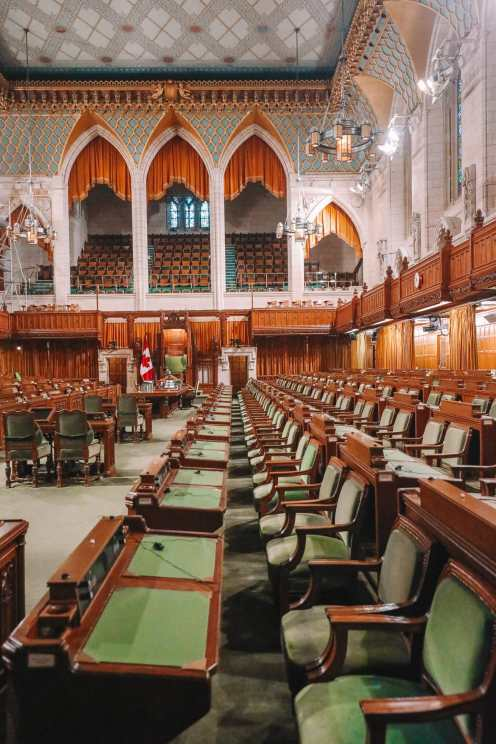 Visiting The Parliament Of Canada (19)