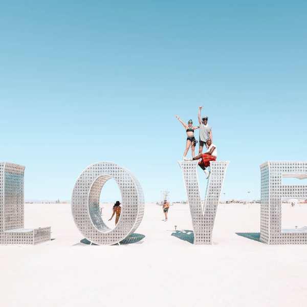 First-Timers Guide To To Burning Man (2)
