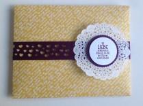 Umschlag Hochzeitskarte gelb-violett