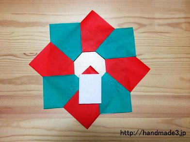 折り紙でクリスマスリース