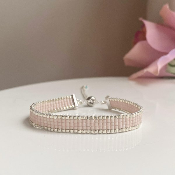 Handmade Pink Champagne Beaded Bracelet with Silver Edging Beads