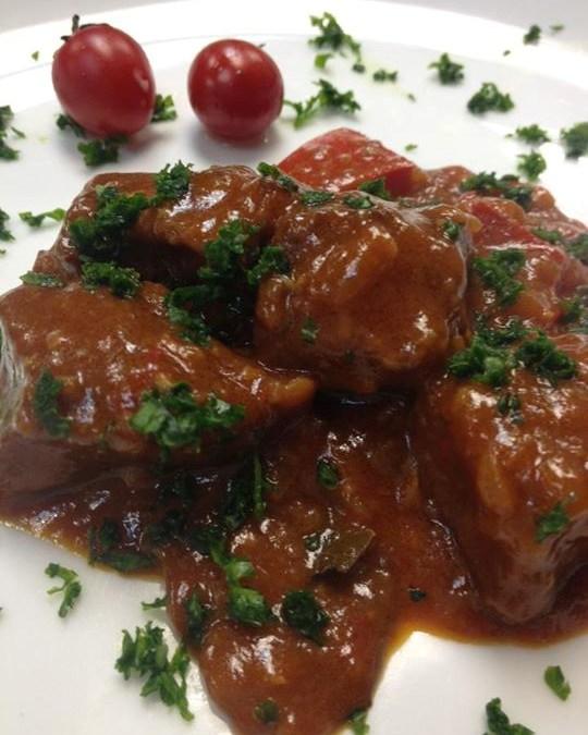 (無添加食譜分享)紅椒蘑菇燴牛肉