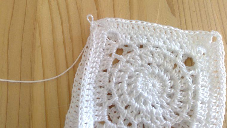 レース編みのモチーフで四角は?作り方を紹介!