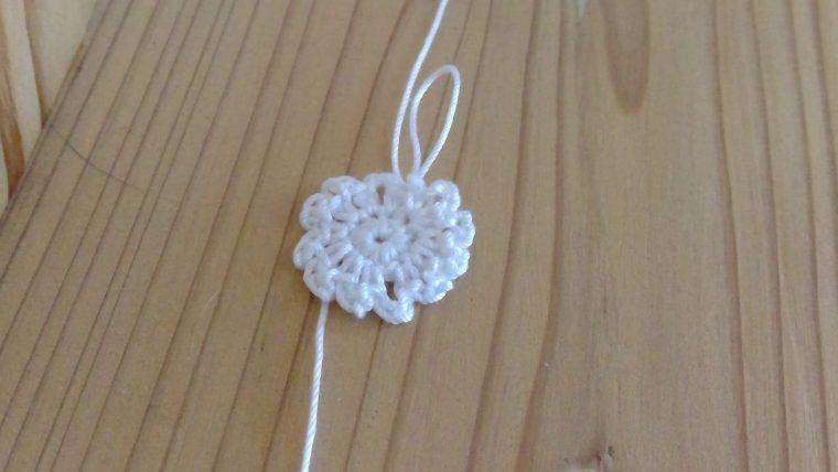 レース編みのモチーフで花は?作り方を紹介!