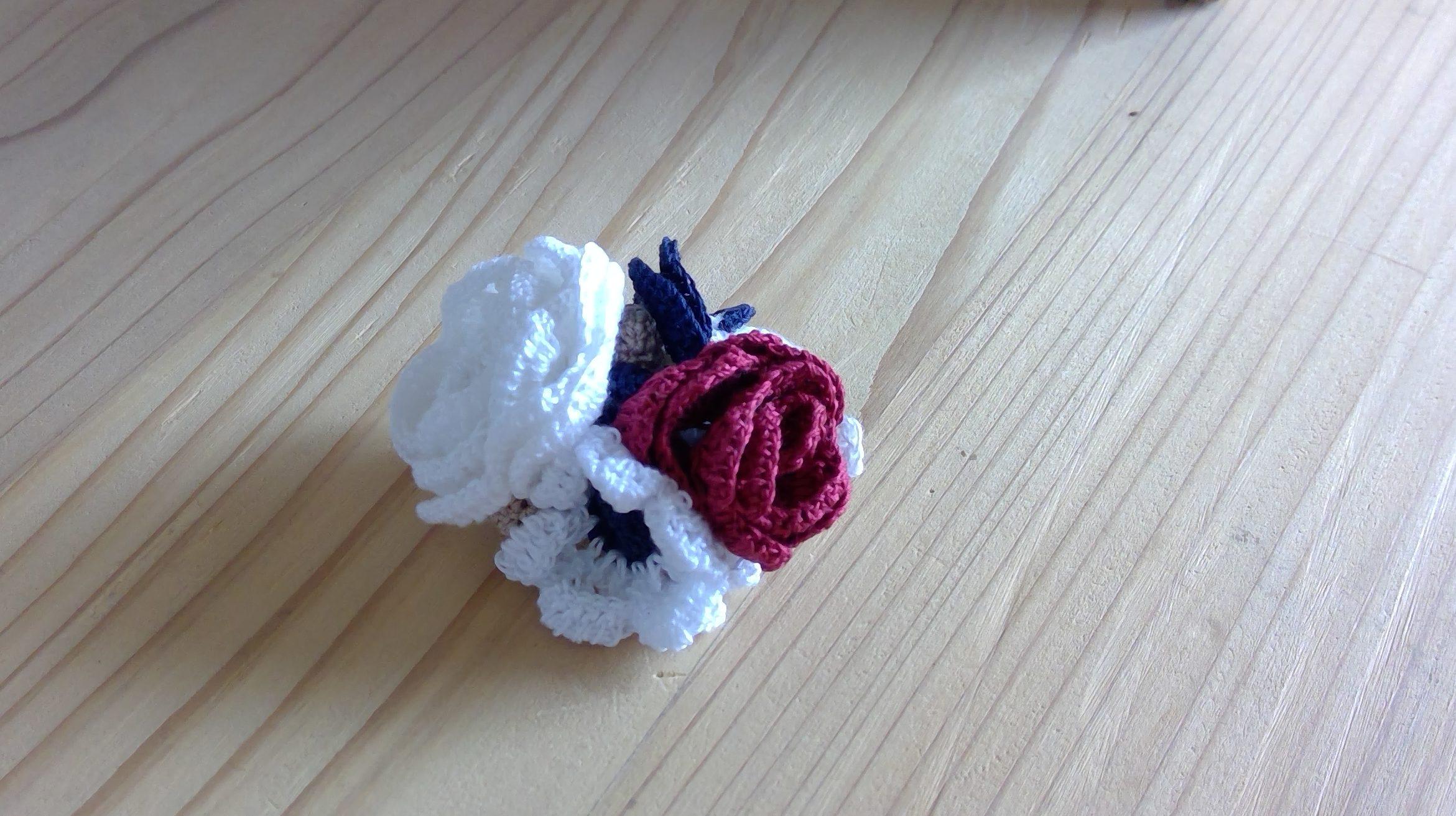 レース編みで花の立体は?作り方を紹介!