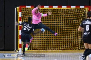 Toulon engage Amandine Balzinc